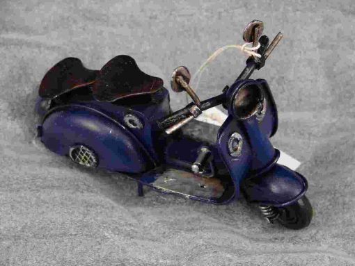 PICCOLO VESPA MODEL - BLUE