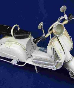 MEDIUM VESPA MODEL - BIANCO